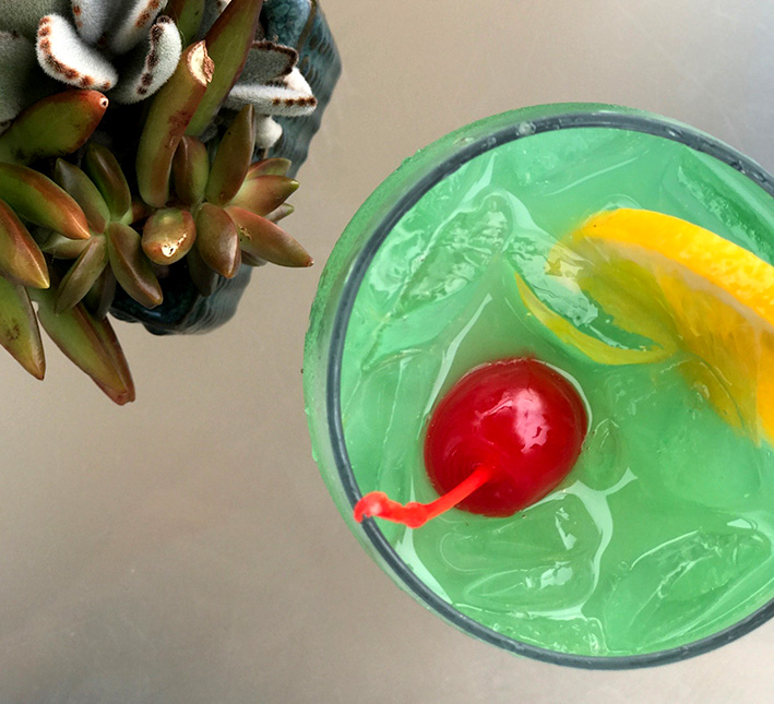 weekly specialty cocktail at chandler's carlsbad restaurant